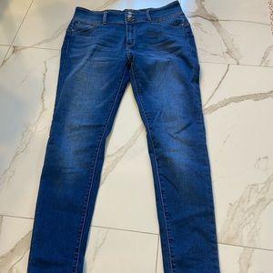 🚨4/$25🚨Wax Jeans Skinny | size 15 - GUC